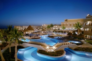 Aventura_Cove_Palace Coastal Travel Vacations
