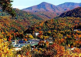 Gatlinburg.Fall.Colors.Town