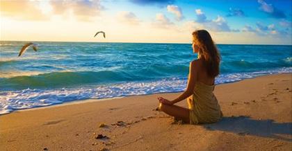 Beach.Woman